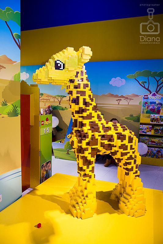 жираф из Lego Лего