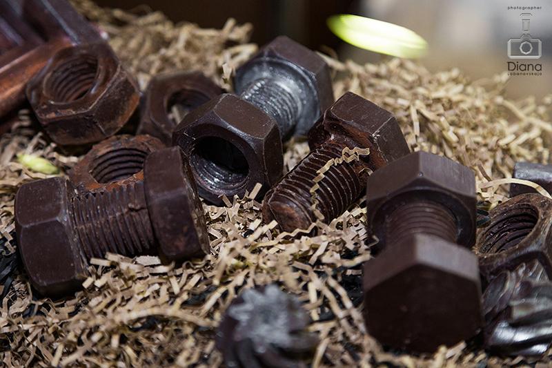 SALON DU CHOCOLAT, салон шоколада в Москве, шоколад, выставка шоколада, какао-боб, шоколадные платья, дефиле, кондитерское шоу, конфеты, шоколатье, кондитеры, chocolate, cocoa, candy, chocolatier, pastry chef, инструменты из шоколада