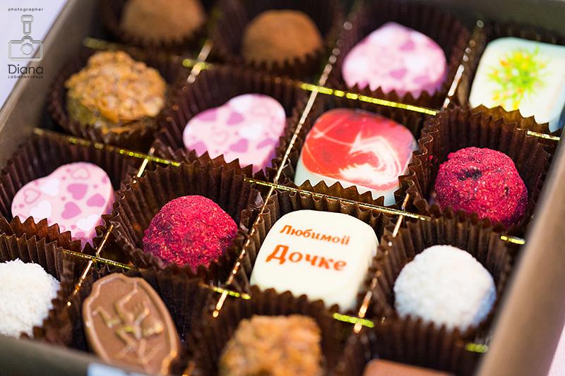 SALON DU CHOCOLAT, салон шоколада в Москве, шоколад, выставка шоколада, какао-боб, шоколадные платья, дефиле, кондитерское шоу, конфеты, шоколатье, кондитеры, chocolate, cocoa, candy, chocolatier, pastry chef, шоколадные конфеты
